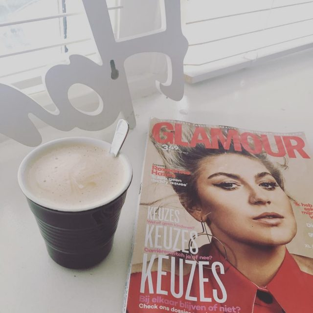 Even een rust momentje! relax chilling glamournl Continue Reading rarr