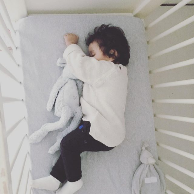Sleepytime Jax kwam vanmiddag totaal uitgesteld thuis van kinderdagverblijf Dushellip
